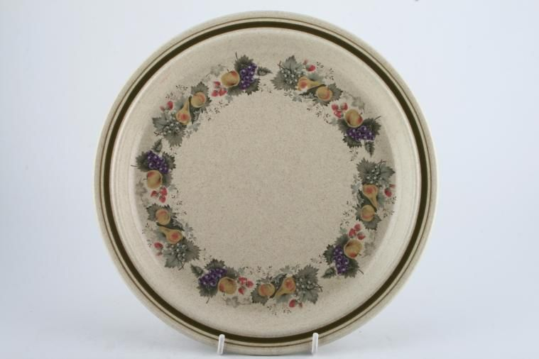 Royal Doulton - Harvest Garland - Thick Line - L.S.1018 - Breakfast / Salad / Luncheon Plate